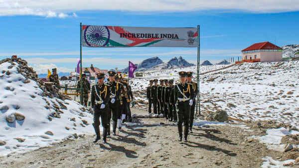India China Row: મોલ્ડોમાં 15 કલાક ચાલી 9માં દોરની વાતચીત, ભારતે કહ્યુ - ચીને પાછળ હટવુ જ પડશે