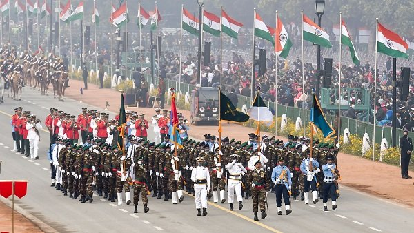 Republic Day: બાંગ્લાદેશની સેનાએ ભારતીય સેના સાથે કરી પરેડ, 1971માં સાથે મળીને જીત્યું હતુ યુદ્ધ