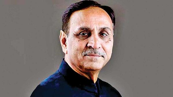 CM રૂપાણીએ ભૂગર્ભ ગટર યોજનાનો શિલાન્યાસ કરી કહ્યુ- જૂનાગઢને હેરિટેજ સિટી તરીકે વિકસાવાશે