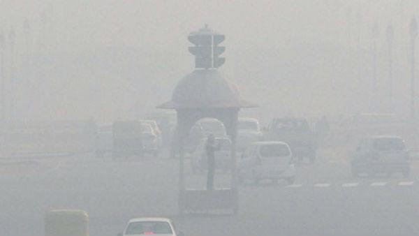ઠંડીથી ઠુઠવાઈ દિલ્લી, શ્રીનગરમાં ઠંડીએ તોડ્યો રેકોર્ડ