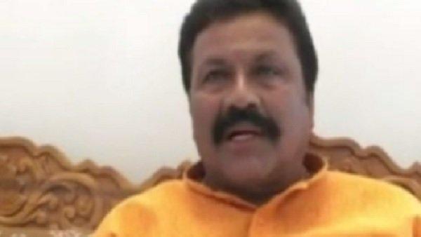 Tractor Rally Row: કર્ણાટકના મંત્રીએ ખેડૂતોને કહ્યા આતંકવાદી, ભડકેલી કોંગ્રેસ પોલિસ સ્ટેશન પહોંચી