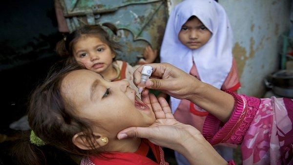 દેશમાં પોલિયો અભિયાન પર રોક, કોરોના રસીકરણ પર સરકારનુ ફોકસ