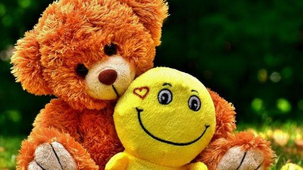 Happy Teddy Day 2021: પ્રેમને ટેડી બિયર સાથે શું લેવા-દેવા?