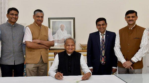 Rajasthan Budget 2021 Update: લોન માફી, પાંચ હજાર કોંસ્ટેબલોની ભરતી સમેત કરી શકે છે આ જાહેરાત