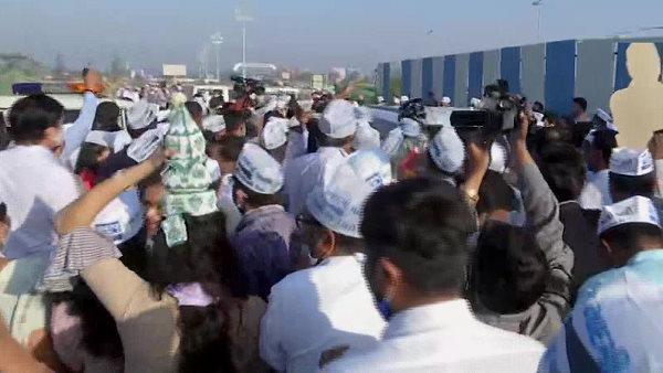 ગુજરાતઃ સુરતમાં 27 સીટોની જીતની ઉજવણી કરવા આવ્યા દિલ્લીના CM કેજરીવાલ, કરશે રોડ શો