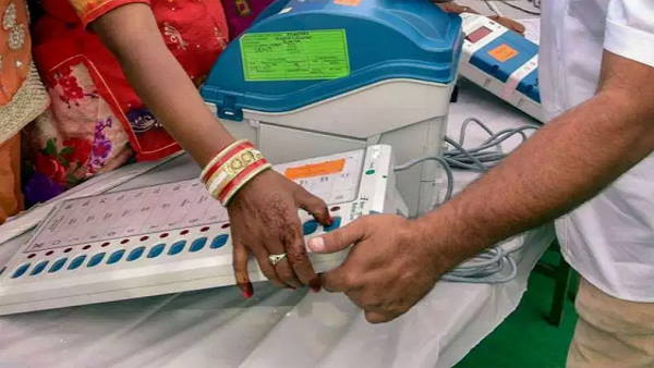 Delhi MCD By Poll Results 2021: આજે 5 સીટના પરિણામ આવશે, આકરી સુરક્ષા વચ્ચે મતગણતરી ચાલુ