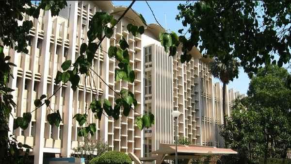 ભારતની ત્રણ IITએ દુનિયાની ટૉપ 100 યુનિવર્સિટીમાં બનાવી જગ્યા