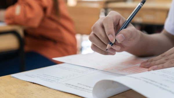 કોરોનાના કહેરને કારણે વાયુસેના સીએએસબી એરમેન 2021ની પરીક્ષા સ્થગિત