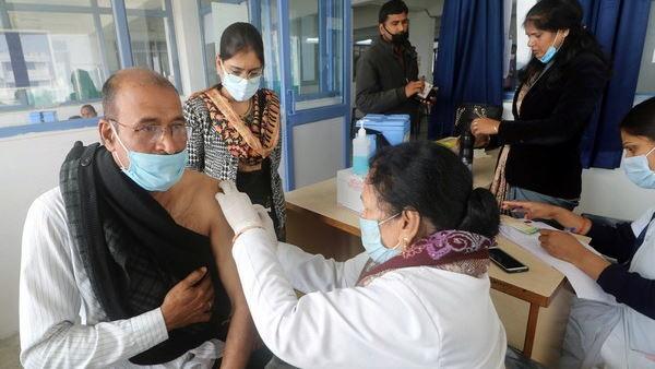 ગુજરાત સરકારે વેક્સીનના 2.50 કરોડ ડોઝનો આપ્યો ઑર્ડર