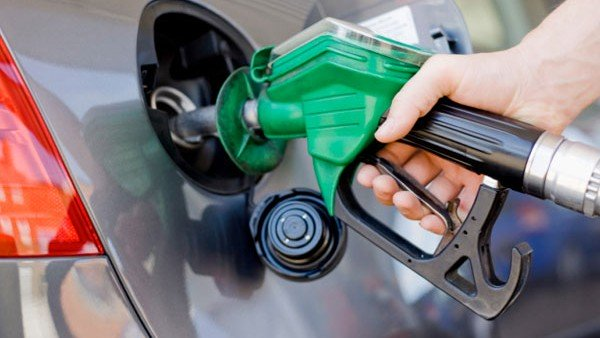Fuel Rates: ફરીથી વધ્યા પેટ્રોલ-ડીઝલના ભાવ, જાણો આજનો રેટ