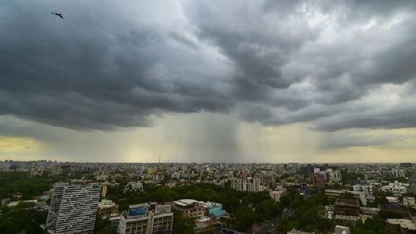 Weather Updates: ઉત્તરથી લઈને દક્ષિણ સુધી ભારે વરસાદની સંભાવના, IMDએ જાહેર કર્યુ એલર્ટ