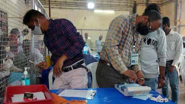 Tamil Nadu Election Results 2021: તમિલનાડુમાં શરૂઆતી ટ્રેન્ડ્સમાં ડીએમકે અને એઆઈએડીએમકે વચ્ચે કાંટાની ટક્કર