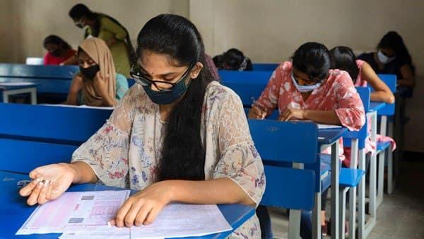 પરીક્ષા આપ્યા વિના જ પાસ થશે વિદ્યાર્થીઓ, ગુજરાત બોર્ડે SSC પરીક્ષા રદ્દ કરી