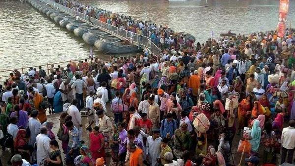 ભારતમાં કોરોનાની બીજી લહેર માટે ધાર્મિક-રાજકીય ઘટનાઓ જવાબદાર