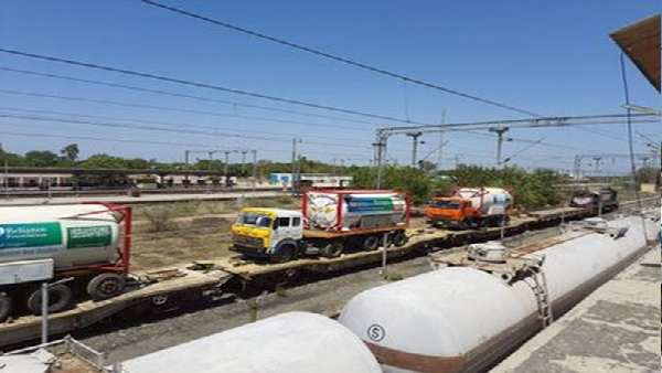 ગુજરાતના હાપાથી 225 MT લિક્વિડ ઑક્સિજન લઈ જતી ઑક્સિજન એક્સપ્રેસ આજે પહોંચશે દિલ્લી