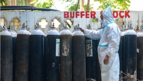 લખનઉ: ઓક્સિજન સિલિન્ડર રિફિલ કરતા થયો બ્લાસ્ટ, 2 લોકોના મોત