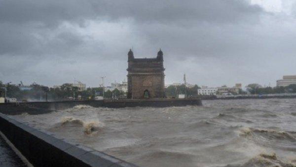 ચોમાસાએ મુંબઈના હાલ કર્યા બેહાલ, આજે પણ હાઈ ટાઇડની આશંકા