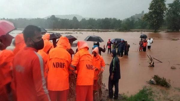 મહારાષ્ટ્ર: રાયગઢ જીલ્લામાં વરસાદ પડતા ભુસ્ખલન થયુ, 36 લોકોના મોત