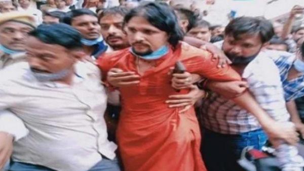 મહંત નરેન્દ્ર ગિરીના મૃત્યુ: CBIને મળી આનંદ ગિરી, આદ્યા અને સંદીપ તિવારીની 5 દિવસની કસ્ટડી