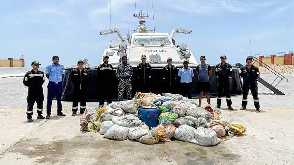 તમિલનાડુ: કોસ્ટગાર્ડે 8 કરોડની કિંમતની 2 હજાર KG 'દરિયાઈ કાકડી'ની ખેપ પકડી, આ શાકભાજી નહી પણ છે એક સમુદ્રી જીવ