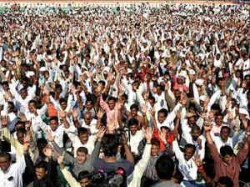 Gujarat Babus Seek Wage Hike Plan Maas Leave
