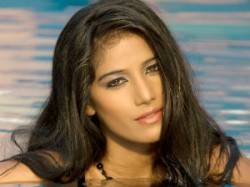 India Poonam Pandey Says Arvind Can Use Her Name Photo