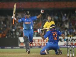 Yuvi Raina Sick Dhoni In Tension