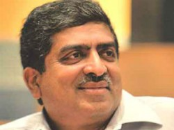 Corruption Will Stop After Using Adhar Card Nilekani