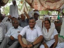 New Team Anna Ready Fight Against Corruption Kiran