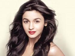 Alia Bhatt Ready Intimate Scene