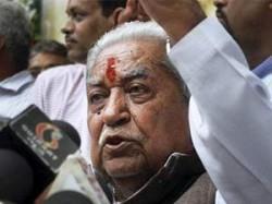 Keshubhai Slams Modi Over 3d Campaign Expenses