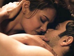 Pics Bollywood Best Kissing Scenes