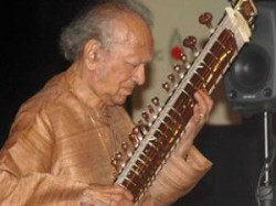 Sitar Maestro Ravi Shankar Passes Away At Age