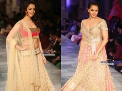 Pictures Celebrities Walk Ramp Fashion Shows