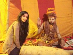 Poonam Panday Visited Maha Kumbh Mela For Nasha