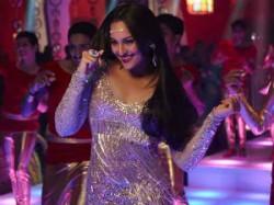 Himmatwala Sonakshi Sinha Became Sridevi Parveen Babi