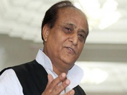 Media Is Responsible For Kumbh Stampede Said Azam Khan