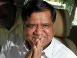 Governor Asks Shettar To Prove Majority By Feb