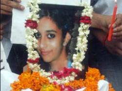 Aarushi Murder Talwars Behaviour Looked Suspicious