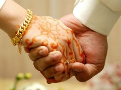 Punchs Forced On Husband For Make Wife To Sister