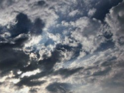 Gujarat Unseasonal Rains Revive Cold