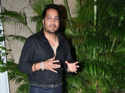 Mika Singh Arrested Released Bail Mumbai Airport