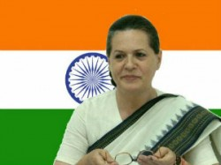 Sonia Gandhi Complates 15 Years As Congress President