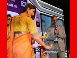 Kareena Kapoor Wants To Die On Shooting Sets