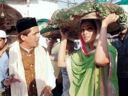 Aatma Brings Bipasha Basu To Ajmer Sharif