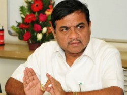 Holi Celebrations Rr Patil Slams Asaram Bapu