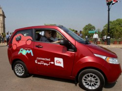 Mahindra Reva E20 Hits The Road