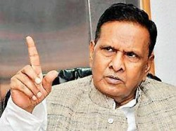 Humiliated Beni Prasad Verma Threatens To Quit Congress