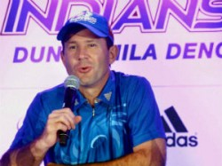 Ponting Says We Are Playing Like Unit