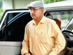 Ishrat Jahan Case Warrant Issued Against Ips Officer